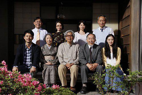 20131124232835-una-familia-de-tokio-148425831-large.jpg