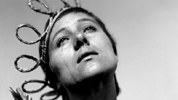 20150728155854-20150613195723-passion-of-joan-of-arc-silent-film.jpg