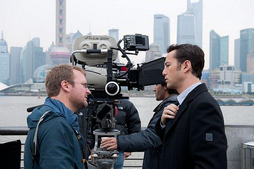 looper-movie-image-rian-johnson-joseph-gordon-levitt-set-photo_650